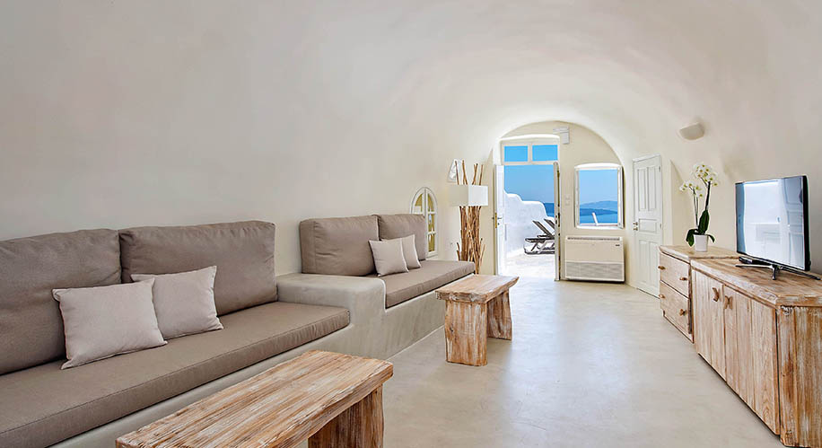 The Ivory Suite Santorini